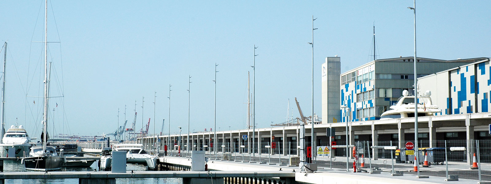 The Milan projector on the new rambla of the port of Barcelona